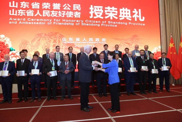 Shandong recognition for Dr Maarten Ryder