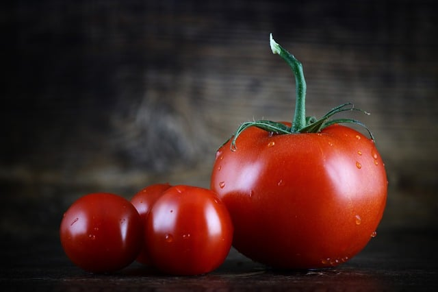 Tomato consumers wanted – get rewarded to taste tomatoes!