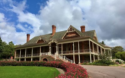 Visit Urrbrae House – free tours in spring 2020 (limited numbers)